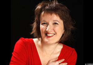 ANNE ROUMANOFF PHOTO