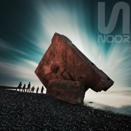 NOOR - Photo Officielle avec logo (2)